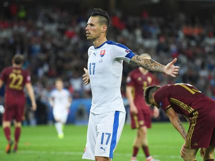 Marek Hamsik playing against Russia.jpg