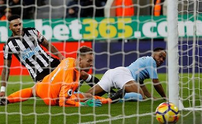raheem-sterling-ball-net-manchester-city-lascelles-elliot-newcastle-united-nufc.jpg